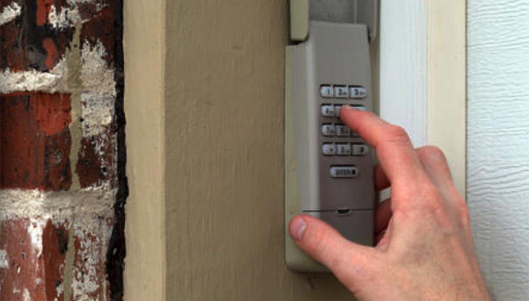 Reset_Garage_Door_Keypad_Without_Enter_Button